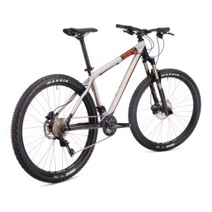 Genesis Core 30 - 2017 Maastopyörä
